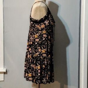 American Eagle Outfitters Dresses - American Eagle Baby Doll Dress, Black/Floral